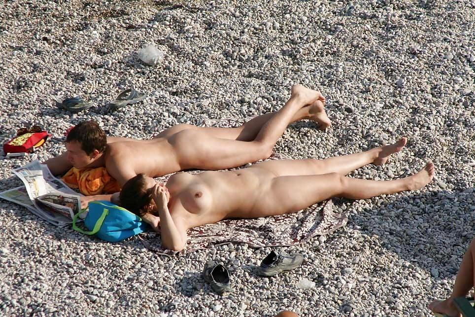 Пляж подсмотренное летом