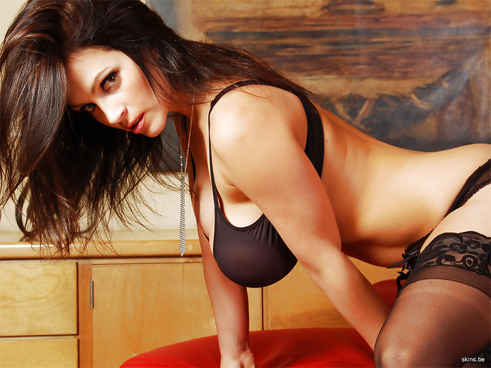 Oral Without Condom Escort Vicky