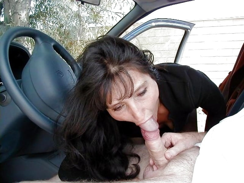 foto-sport-porno-zrelie-minet-v-avto