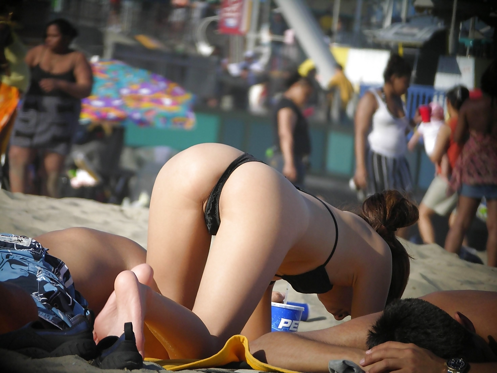 Nude Beach Voyeur Porn Pics