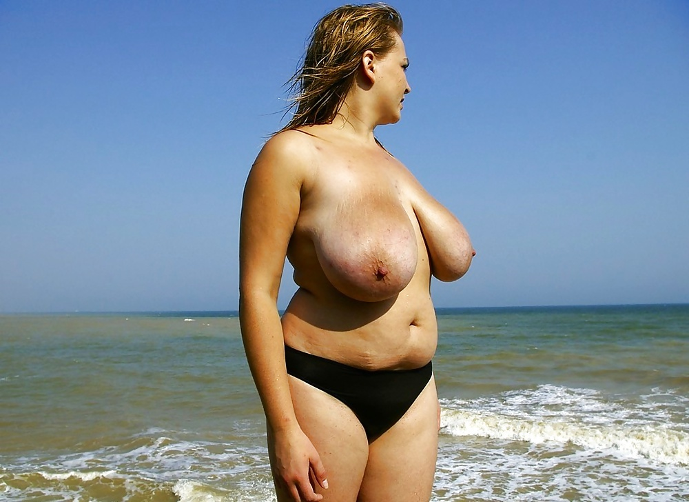 Topless Chubby Sexy Girls