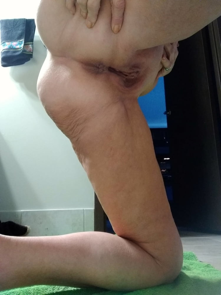 sexy cougar amateur add photo