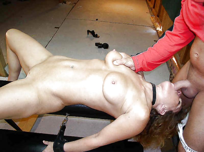 Доминирование девушки над девушкой порно, порно фото поход голышом к врачу