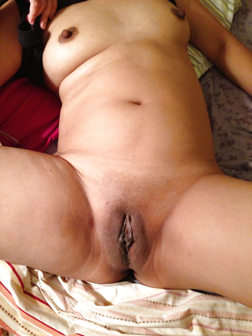 Who wants to use my wife's pussy