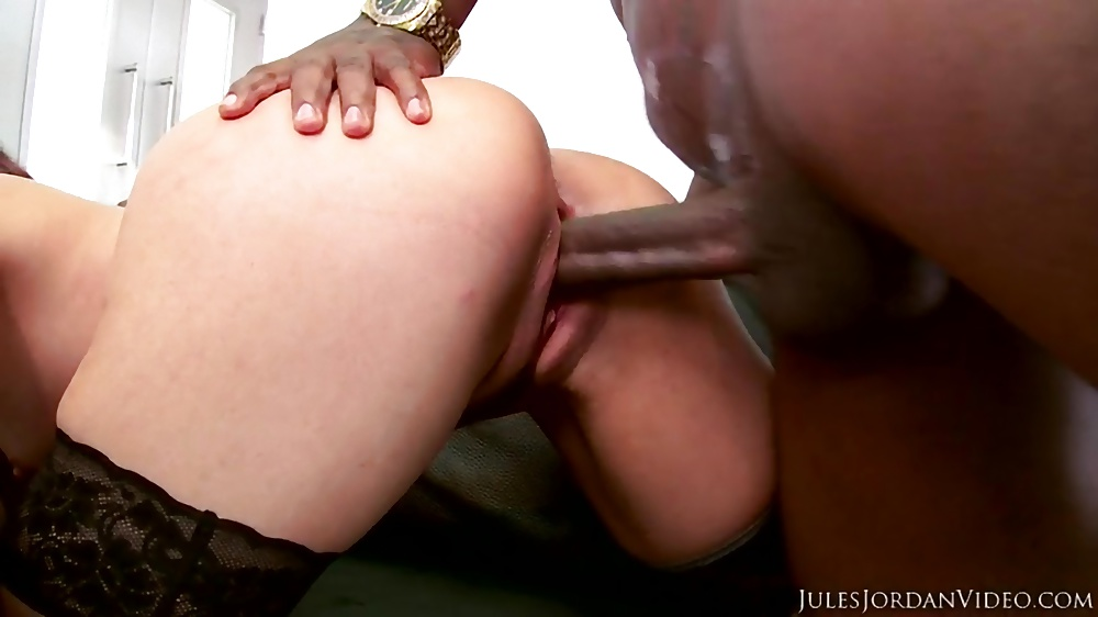 Black bull rome major gets his bbc sucked by yasmine de leon - 1 3
