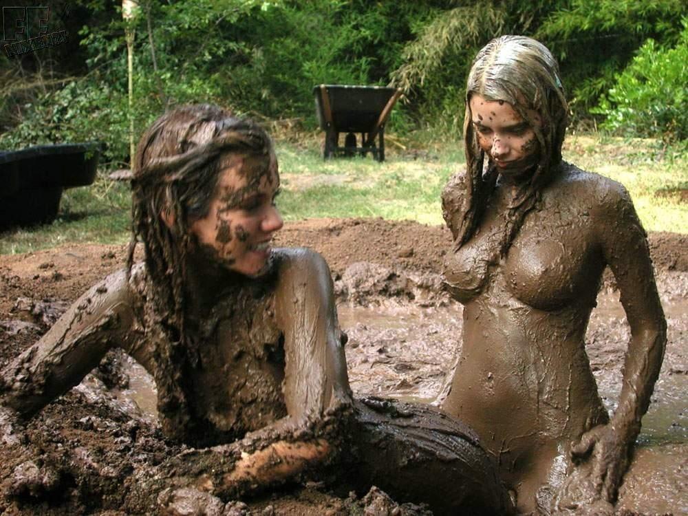 Nude mud life girls
