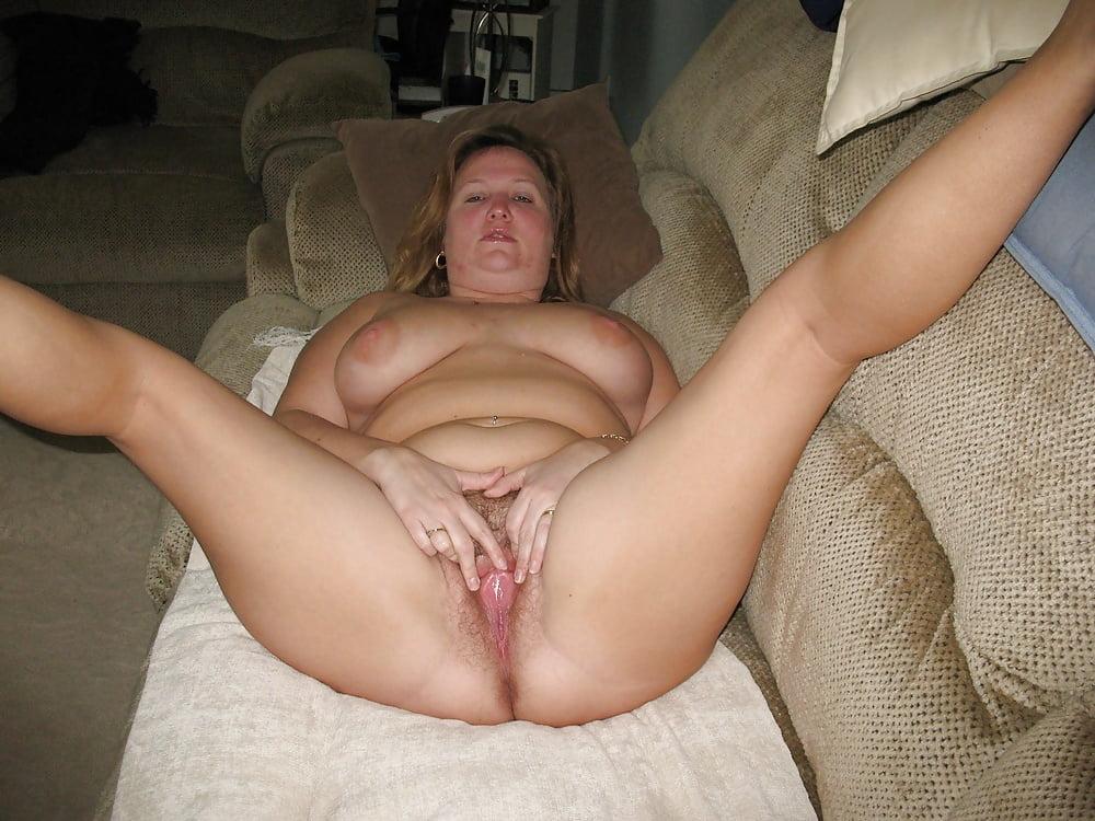 wife-bucket-amateur-porn-spreads-pussy-xxx-nude