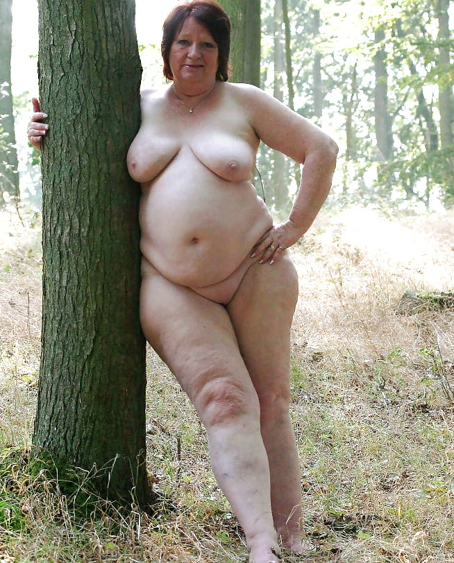 fat-naked-middle-aged-woman-my-gf-sex-tape