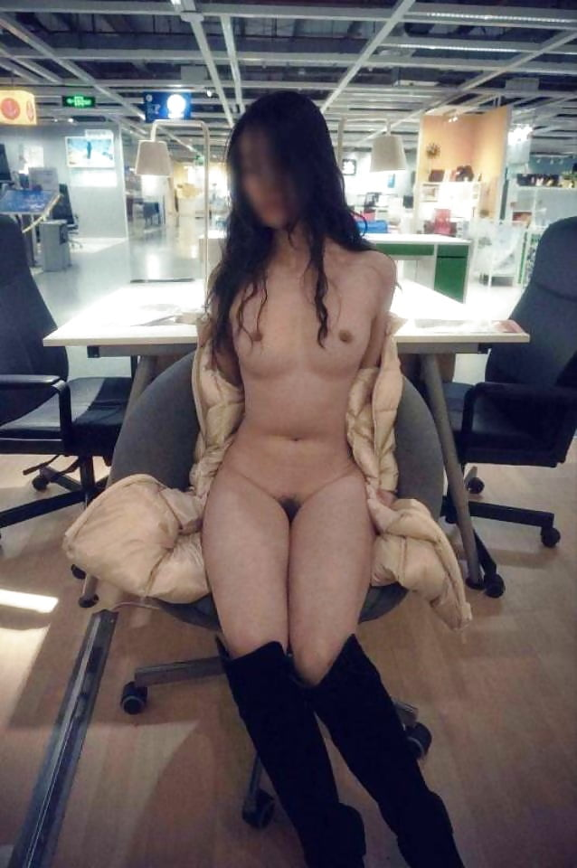 Chinese girl strips naked behind mcdonalds — pic 2
