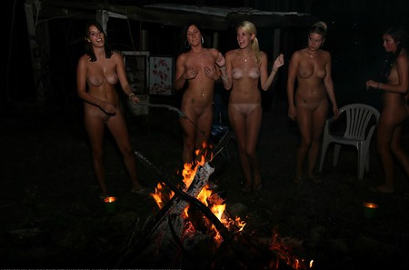 nudist life with friends