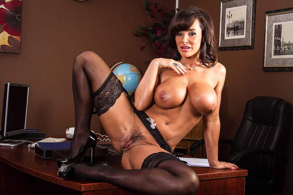 Free lisa ann nude young