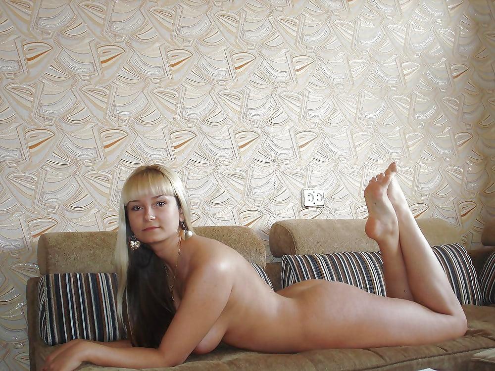 Чулках эротические фото девушек город абакан