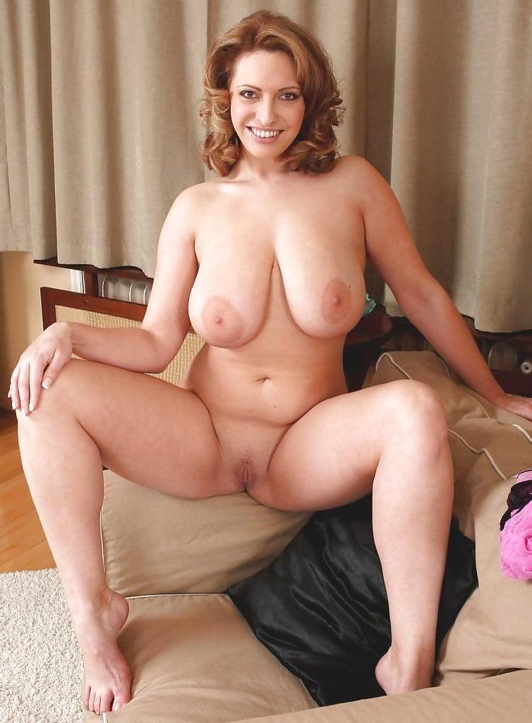 Blonde bbw big boobs