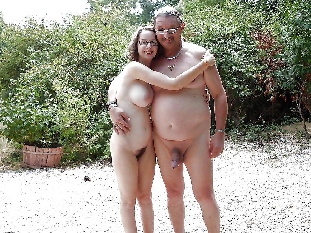 horny-nude-family