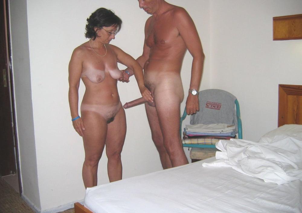 mature-video-caught-hotel