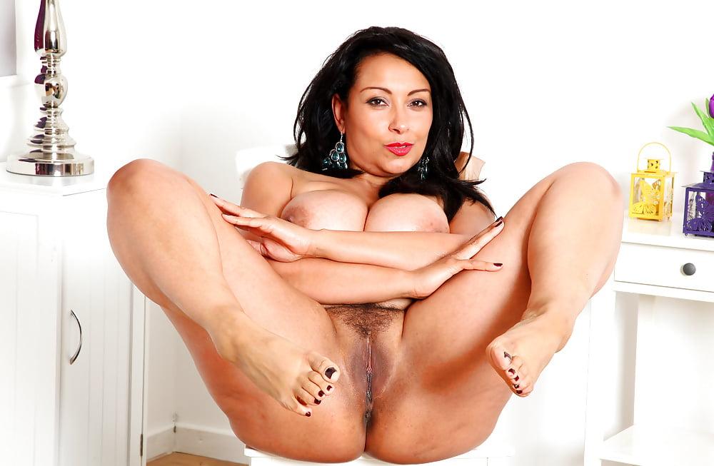 venger-nude-donna-mendez-pussy-women-naked
