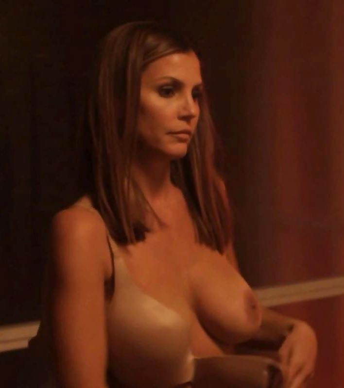 getto-women-charisma-carpenter-real-nude-women