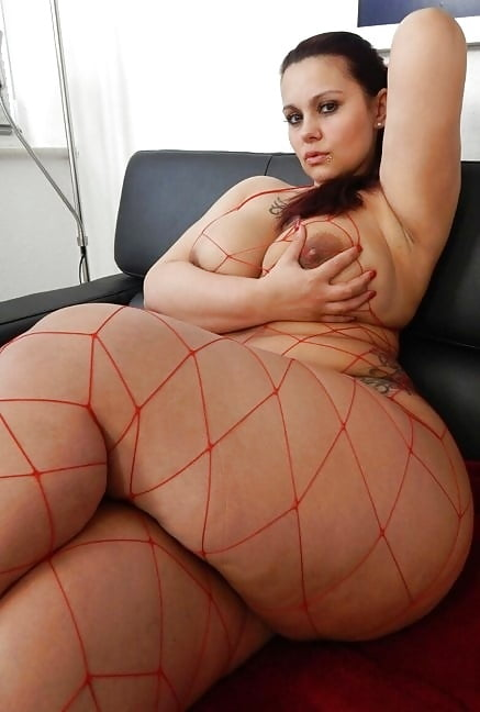 Thick Thighs - 16 Pics  Xhamster-1444