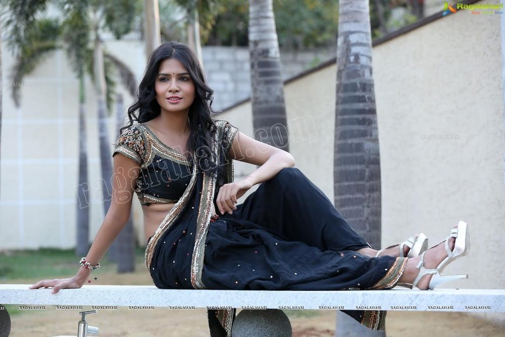 Telugu actress hot sexy pics