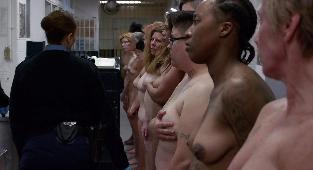 stylez-laura-prepon-new-pics-nude-sciorra-sex-scene