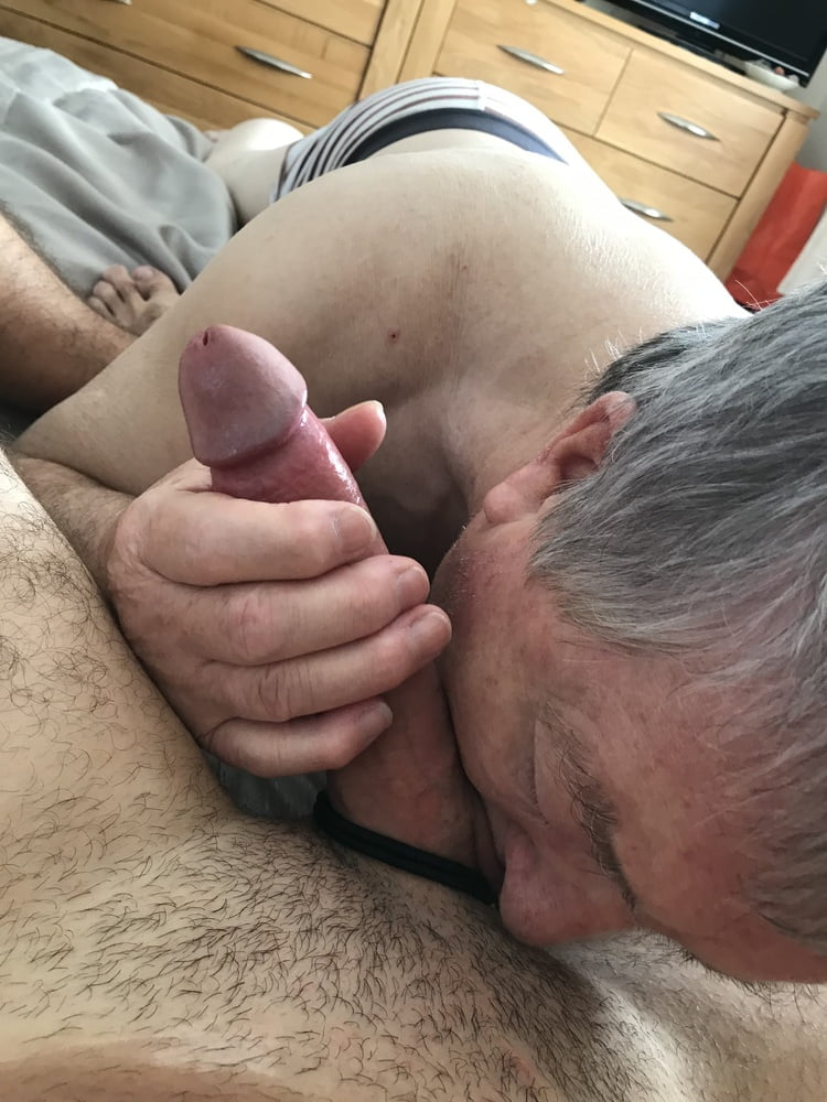 Young russian girl suck the bone of an old grandpa free porn galery