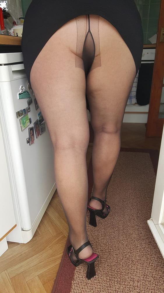 Love her nylon leg