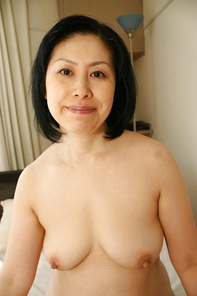 Hot mature asian women posing naked tiffany holliday