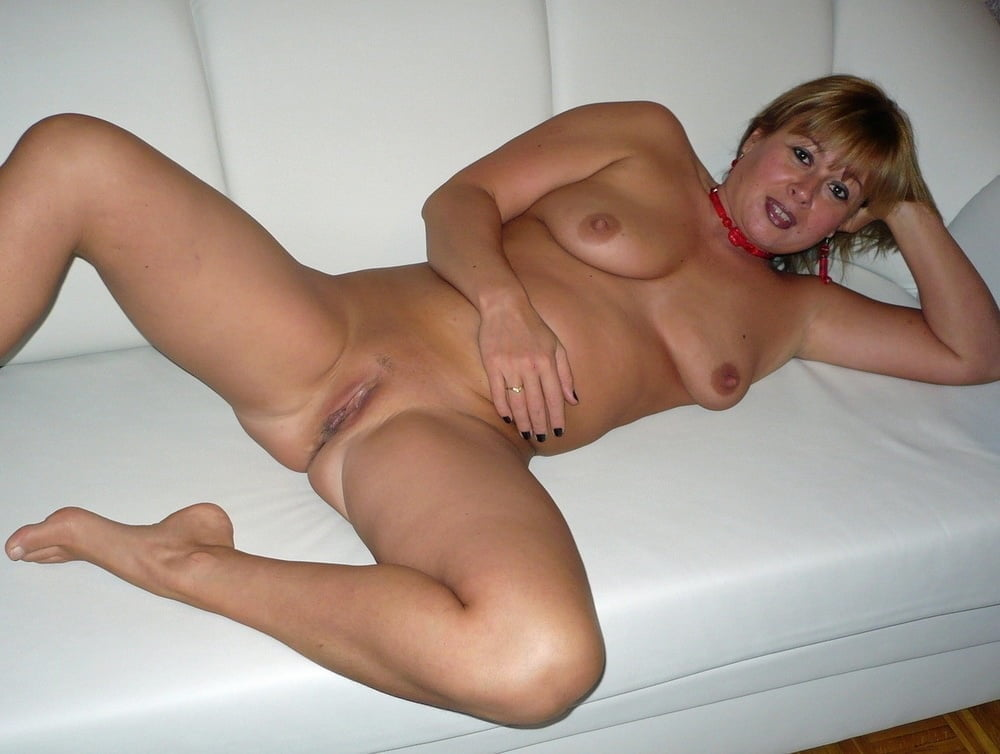 Older mature women naked free porn