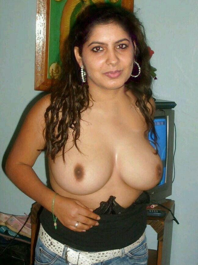 Hot Indian Aunties Pics