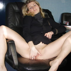Sexy Porn Pics Of the perfect french secretary          Sex Gallery thumbnail