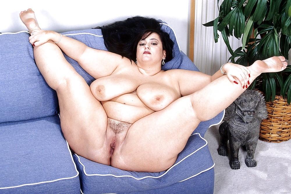 zhirnie-nogi-porno