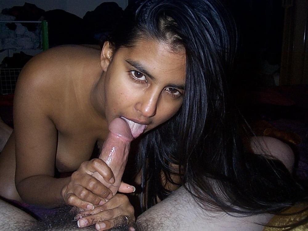 Indian girl blowjob porn pics