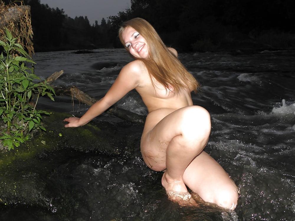 porno-foto-devushki-v-chelyabinske-golishom-nozhki-polnih
