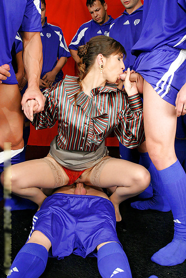 Yougaleryr Fucks The Entire Girls Soccer Team