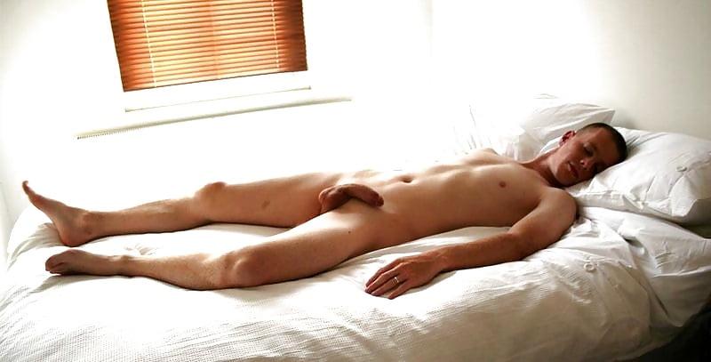 Why men sleep nude