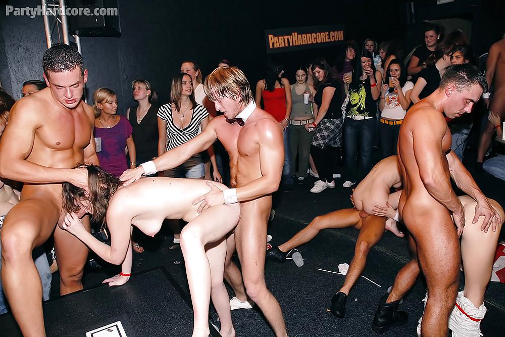 лены фото молодежных порно вечеринок того