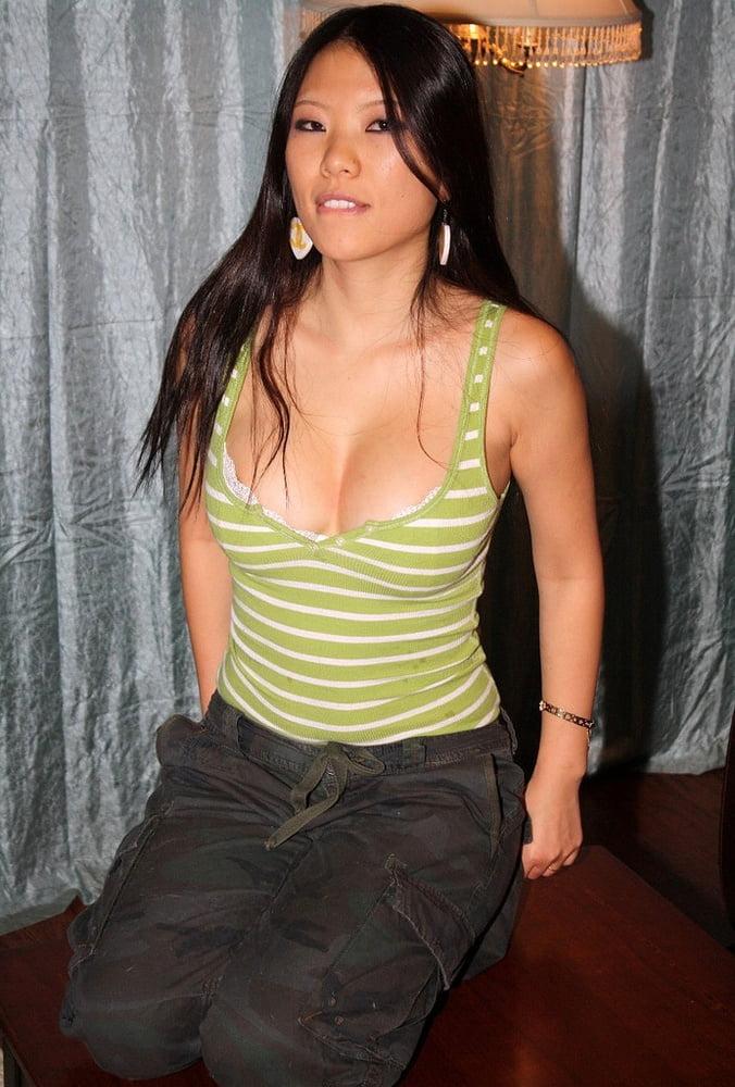 Massage hidden wife seduced fucked by masseur nearby husband