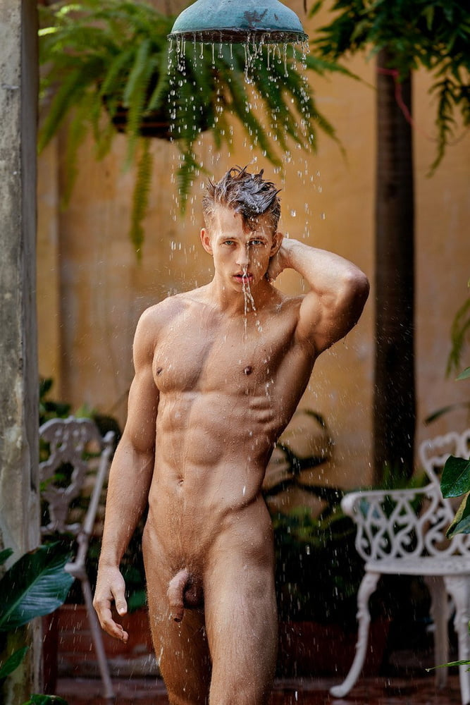 Naked male Gay Porn