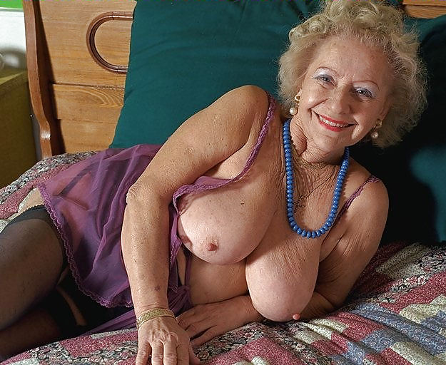 very-hot-sexy-nude-grannies