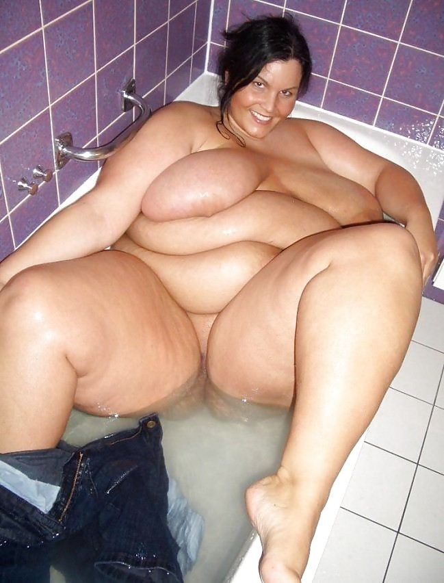300lb big buddha fucks thick brazilian in her booty p2 - 3 part 2