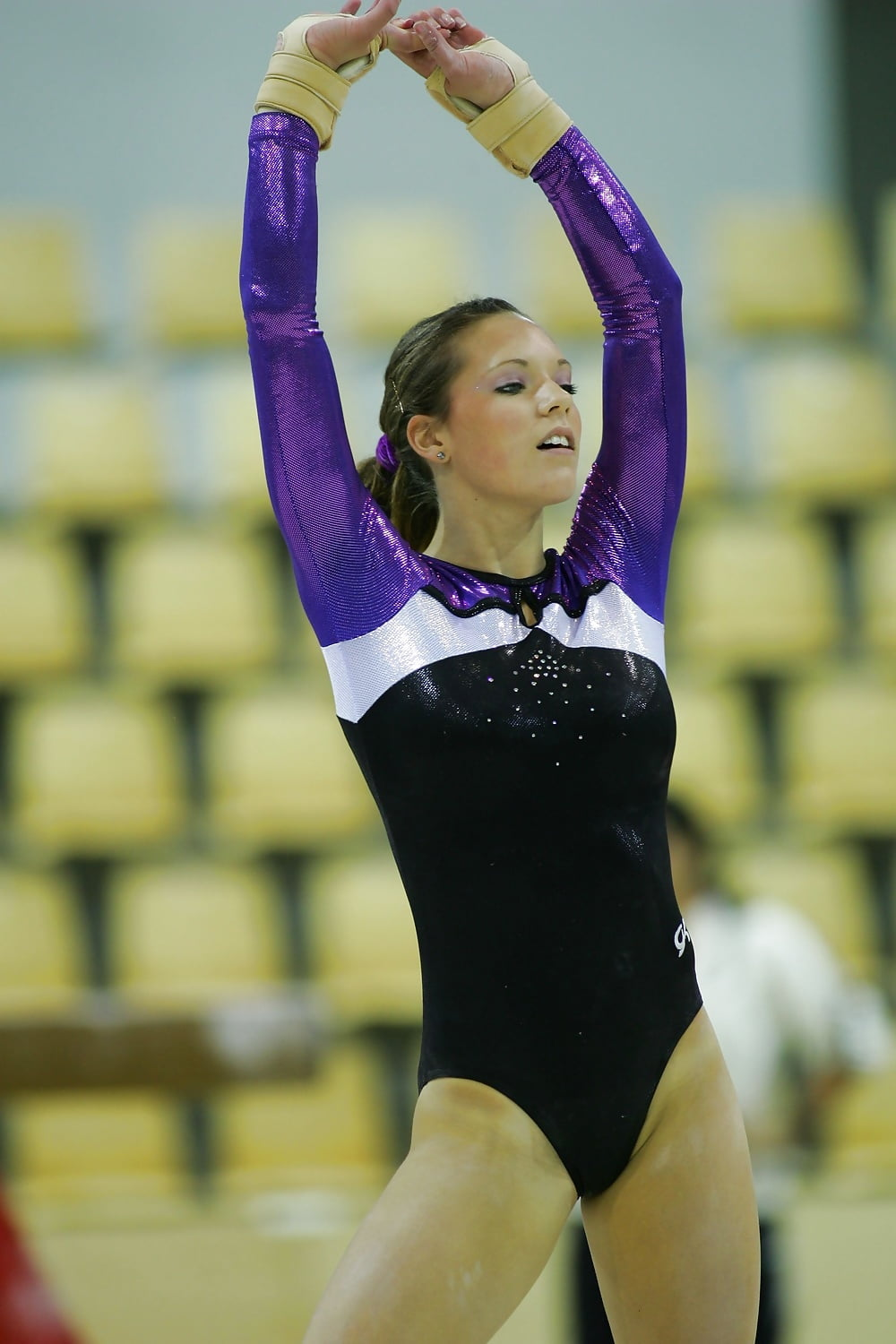 Candid gymnast and cameltoe pictures