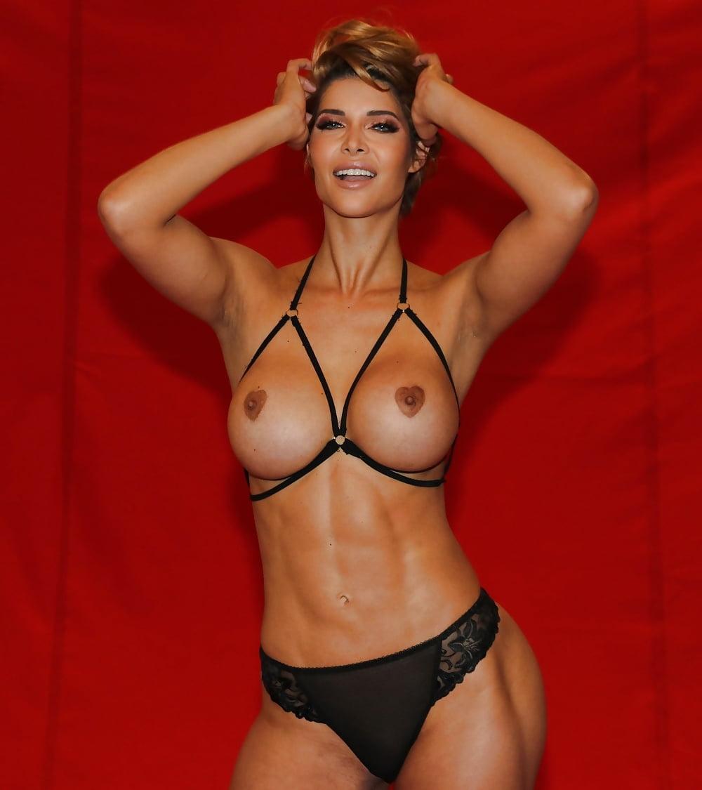 Jasmin naked julia rühle Hot Leak