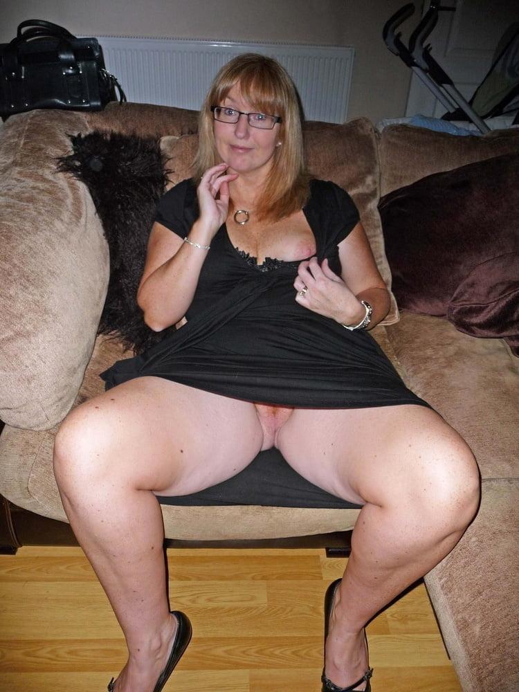 Adult amature mom upskirt pussy porn