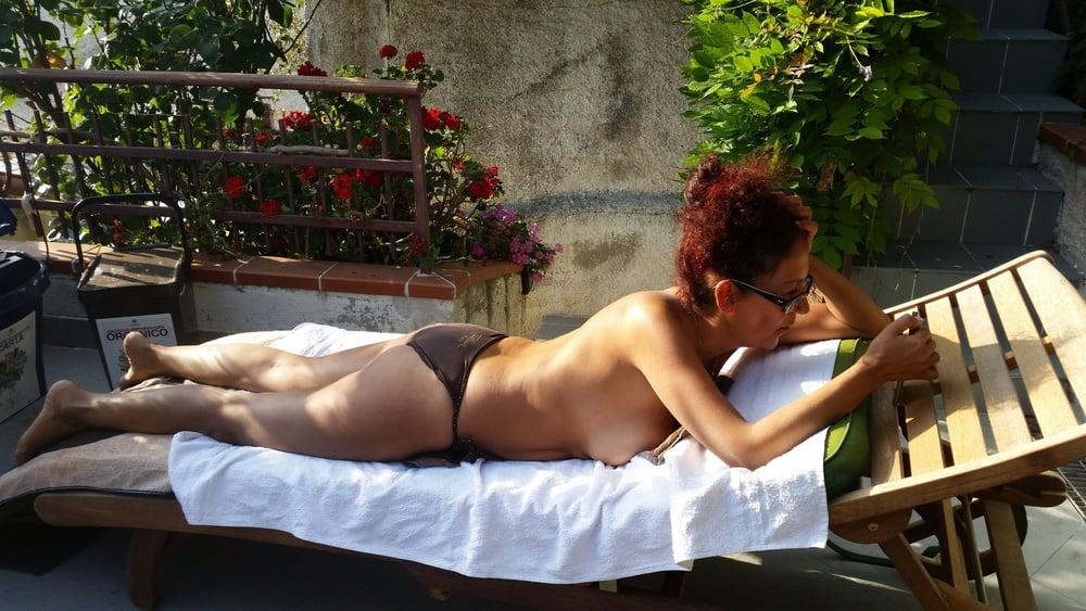 Amateur candid pantyhose #1