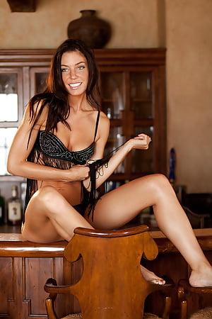 Nackt  Amanda Kimmel 'Nude photos'