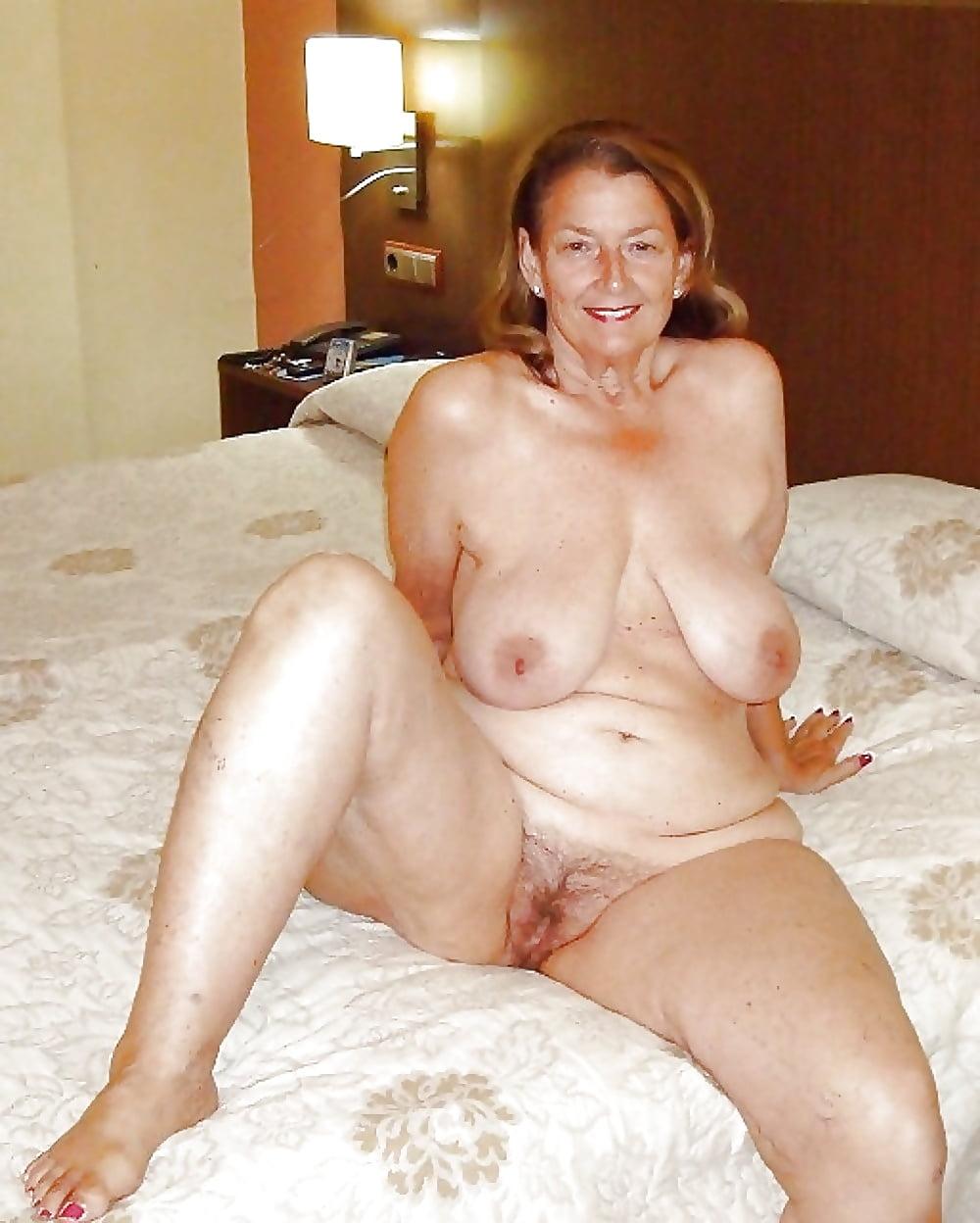 Granny amateur naked