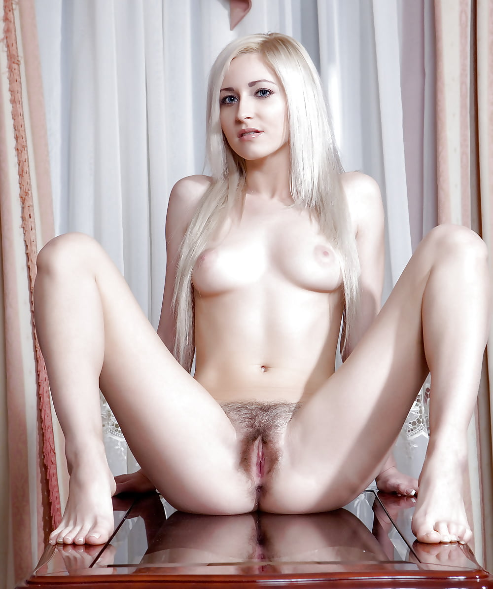platinum-blonde-pussy-karate-girl-muscle