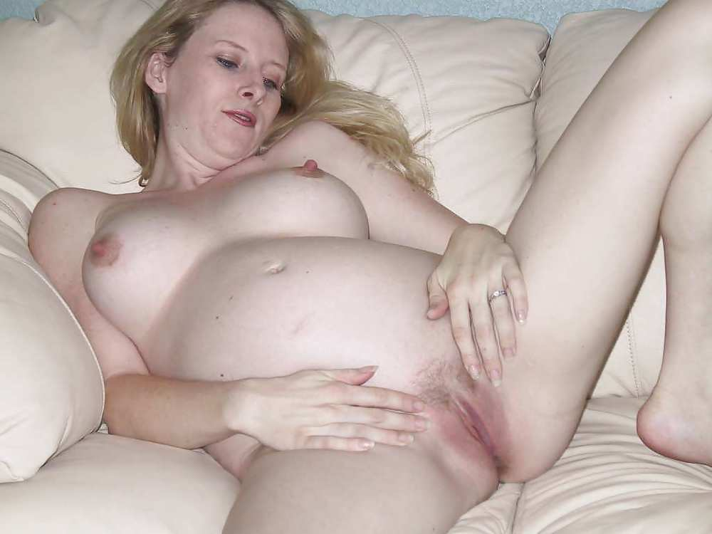 Pregnant Open Pussy