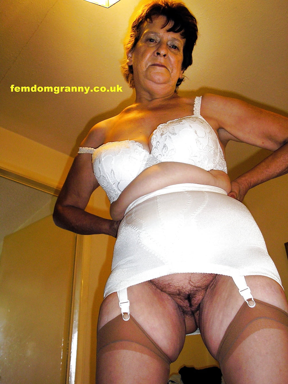 Mature lesbian girdle fitting pics