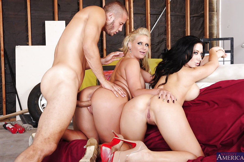 Phoenix Marie And Friends Fucks A Very Lucky Cock Porn00 1